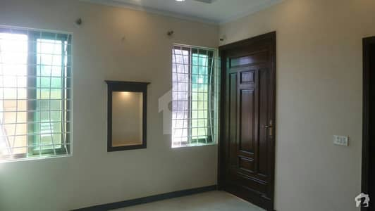 Good 5 Marla Lower Portion For Rent In D-12