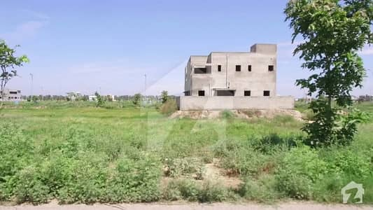 1 Kanal Plot For Sale At Good Location