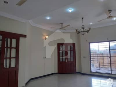 500 Sq Yards Corner House For Rent