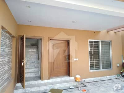Brand New Luxury Ideal 8 Marla Upper Portion For Rent In Available And Gas And Electricity And Park