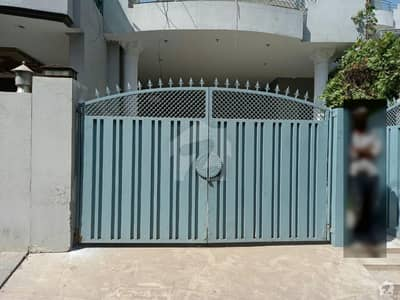 House Is Available For Rent In Nawab Town
