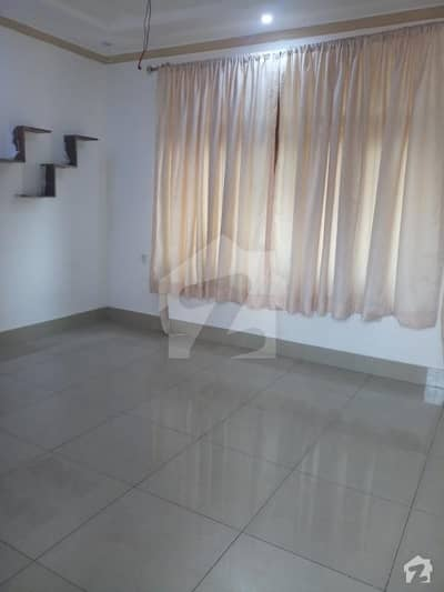 House Of 5400  Square Feet Available In Madina Town