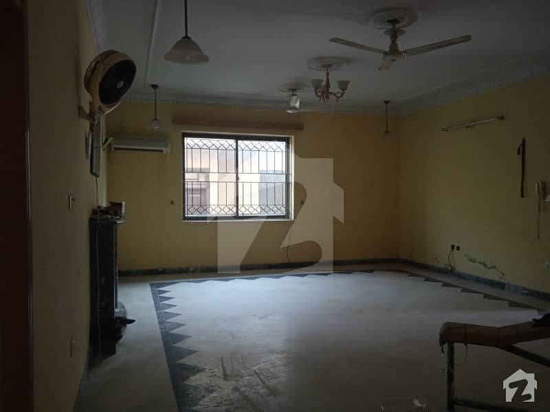 5 Marla  Upper  Portion  For Rent  At Airport Society Sec 4
