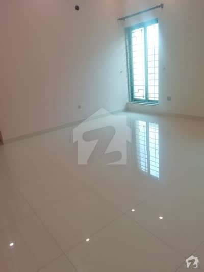 Al Habib Property Offers 1 Kanal Beautiful Upper Portion For Rent In DHA Lahore Phase 4 Block GG