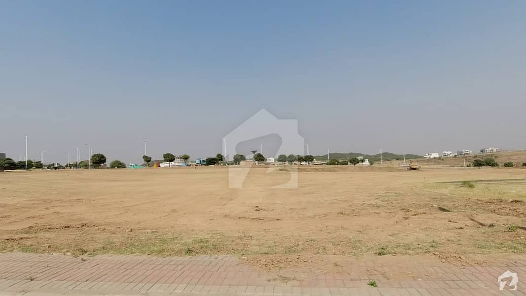 PECHS Residential Plot Sized 272 Square Meters For Sale