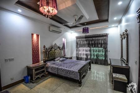 ڈی ایچ اے فیز 2 ڈیفنس (ڈی ایچ اے) لاہور میں 1 کمرے کا 10 مرلہ زیریں پورشن 20 ہزار میں کرایہ پر دستیاب ہے۔