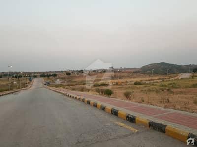 ڈی ایچ اے فیز 3 ۔ بلاک بی ڈی ایچ اے ڈیفینس فیز 3 ڈی ایچ اے ڈیفینس اسلام آباد میں 1 کنال رہائشی پلاٹ 1.8 کروڑ میں برائے فروخت۔