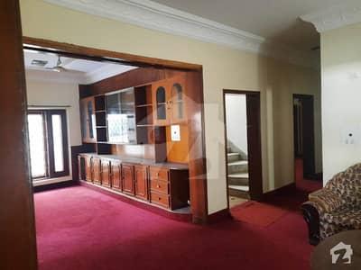 ایف ۔ 10 اسلام آباد میں 7 کمروں کا 1 کنال مکان 8.9 کروڑ میں برائے فروخت۔