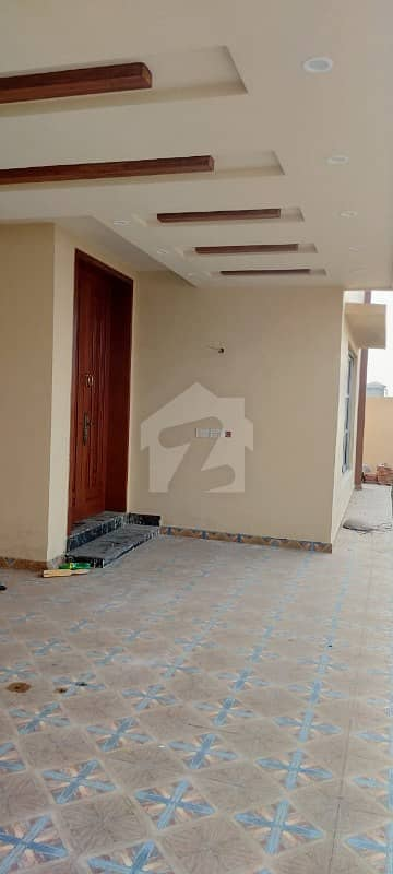 100  Original Picture Defence 1 Kanal Brand New Bungalow For Rent Phase 7