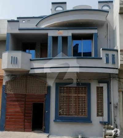 کالج روڈ ڈسکہ میں 6 کمروں کا 5 مرلہ مکان 1.15 کروڑ میں برائے فروخت۔