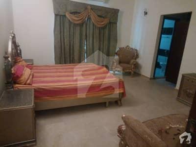 ایف ۔ 10 مرکز ایف ۔ 10 اسلام آباد میں 2 کمروں کا 6 مرلہ فلیٹ 1.05 کروڑ میں برائے فروخت۔