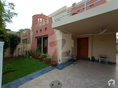 1 Kanal Luxurious House Is Available For Rent In Phase 4 Block Gg