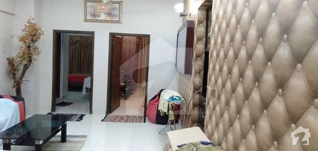 بخاری کمرشل ایریا ڈی ایچ اے فیز 6 ڈی ایچ اے ڈیفینس کراچی میں 3 کمروں کا 8 مرلہ فلیٹ 2.25 کروڑ میں برائے فروخت۔