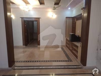 ائیرپورٹ ہاؤسنگ سوسائٹی - سیکٹر 4 ائیرپورٹ ہاؤسنگ سوسائٹی راولپنڈی میں 2 کمروں کا 6 مرلہ بالائی پورشن 18 ہزار میں کرایہ پر دستیاب ہے۔