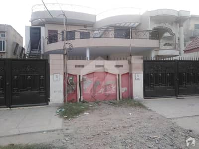 1 Kanal House In Satellite Town For Rent At Good Location