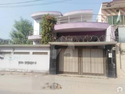 In Cheema Town House For Sale Sized 10 Marla