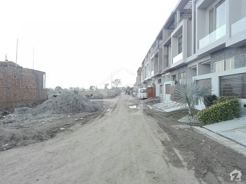الکبیر ٹاؤن - فیز 2 الکبیر ٹاؤن رائیونڈ روڈ لاہور میں 3 کمروں کا 3 مرلہ مکان 66 لاکھ میں برائے فروخت۔