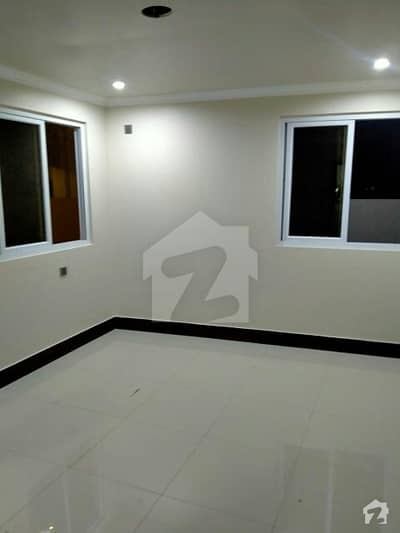 کلفٹن ۔ بلاک 2 کلفٹن کراچی میں 2 کمروں کا 16 مرلہ فلیٹ 2.5 کروڑ میں برائے فروخت۔