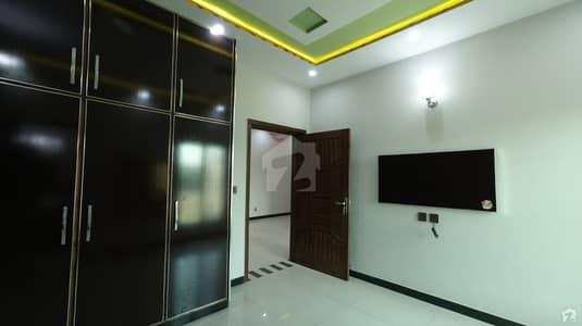 جوبلی ٹاؤن ۔ بلاک ایف جوبلی ٹاؤن لاہور میں 3 کمروں کا 5 مرلہ مکان 1.12 کروڑ میں برائے فروخت۔