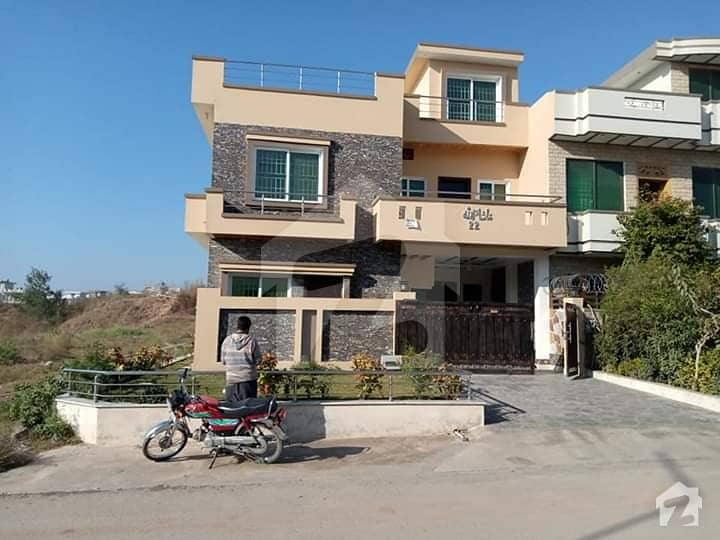 Corner 30x60 Brand New House For Sale In G 13