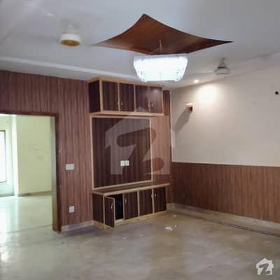 بحریہ ٹاؤن جاسمین بلاک بحریہ ٹاؤن سیکٹر سی بحریہ ٹاؤن لاہور میں 5 کمروں کا 10 مرلہ مکان 65 ہزار میں کرایہ پر دستیاب ہے۔