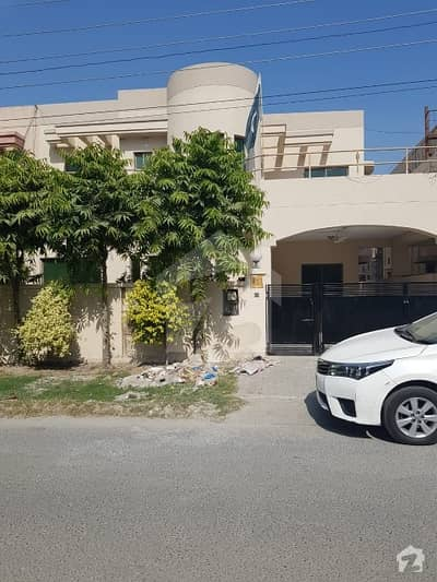 10 Marla fully Renovated houses available for Sale