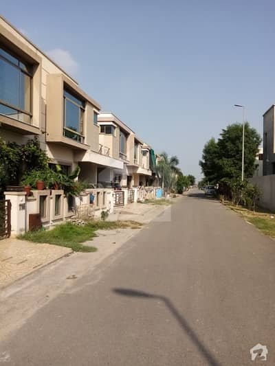 House Of 1125  Square Feet For Sale In Paragon City