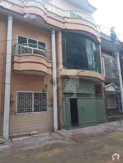 In Abid Majeed Road 675  Square Feet House For Sale