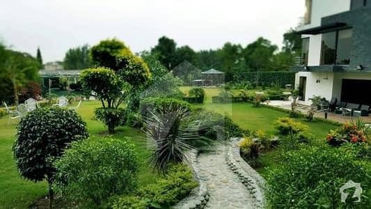 ایف ۔ 11 اسلام آباد میں 7 کمروں کا 1 کنال مکان 17 کروڑ میں برائے فروخت۔