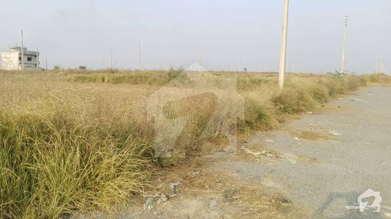 آئی۔12/4 آئی ۔ 12 اسلام آباد میں 5 مرلہ رہائشی پلاٹ 63 لاکھ میں برائے فروخت۔