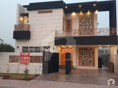 بحریہ ٹاؤن - طلحہ بلاک بحریہ ٹاؤن سیکٹر ای بحریہ ٹاؤن لاہور میں 5 کمروں کا 10 مرلہ مکان 2.3 کروڑ میں برائے فروخت۔