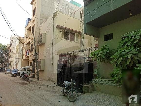 ناظم آباد - بلاک 3 ناظم آباد کراچی میں 6 کمروں کا 9 مرلہ مکان 3.4 کروڑ میں برائے فروخت۔