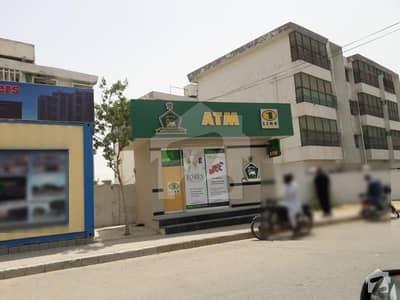 نیوی ہاؤسنگ سکیم کارساز کراچی میں 5 کمروں کا 0.98 کنال فلیٹ 6.9 کروڑ میں برائے فروخت۔