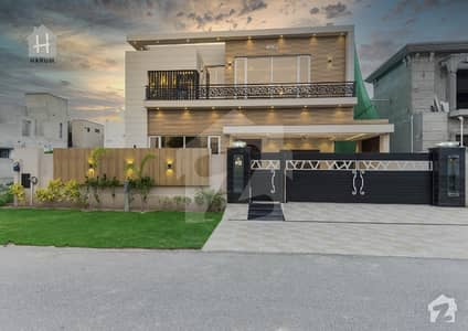 Classic Design Kanal Brand New Victorian Layout Bungalow