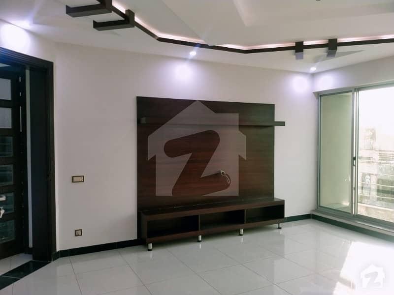 آڈٹ اینڈ اکاؤنٹس ہاؤسنگ سوسائٹی لاہور میں 6 کمروں کا 1 کنال مکان 2.55 کروڑ میں برائے فروخت۔