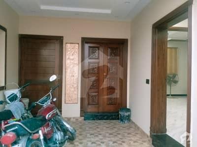 پنجاب یونیورسٹی سوسائٹی فیز 2 پنجاب یونیورسٹی ایمپلائیز سوسائٹی لاہور میں 5 کمروں کا 5 مرلہ مکان 1.25 کروڑ میں برائے فروخت۔