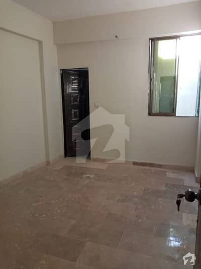 900  Square Feet Flat Ideally Situated In Gizri