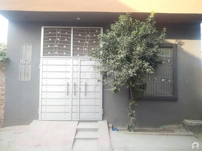 نذیر پارک مین کینال بینک روڈ لاہور میں 3 کمروں کا 4 مرلہ مکان 90 لاکھ میں برائے فروخت۔