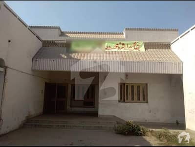 House Of 5500  Square Feet For Sale At Central Main Road Peoples Colony Gujranwala