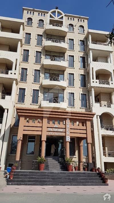 ڈی ایچ اے فیز 8 ڈیفنس (ڈی ایچ اے) لاہور میں 3 کمروں کا 5 مرلہ فلیٹ 65 ہزار میں کرایہ پر دستیاب ہے۔