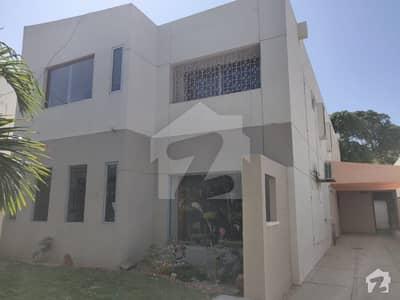 کلفٹن ۔ بلاک 3 کلفٹن کراچی میں 5 کمروں کا 1 کنال مکان 13 کروڑ میں برائے فروخت۔