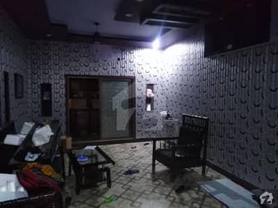 عزیز آباد کالونی بہاولپور میں 4 کمروں کا 8 مرلہ مکان 25 ہزار میں کرایہ پر دستیاب ہے۔