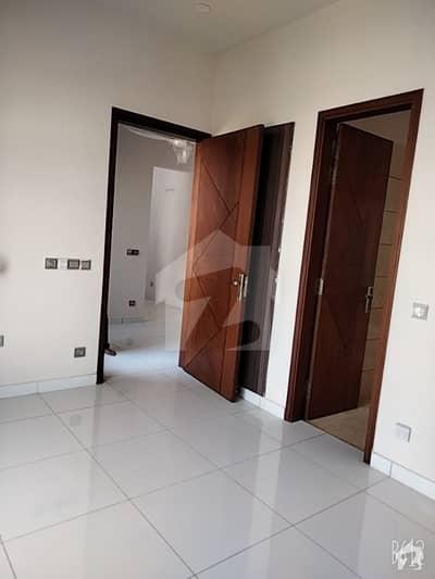 ڈی ایچ اے فیز 7 ڈی ایچ اے کراچی میں 4 کمروں کا 2.16 کنال مکان 5 کروڑ میں برائے فروخت۔