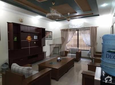 ایف ۔ 11/3 ایف ۔ 11 اسلام آباد میں 4 کمروں کا 1.33 کنال مکان 13 کروڑ میں برائے فروخت۔